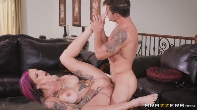 Anna Bell Peaks gets her pussy licked while playing playstation Video thumb #12