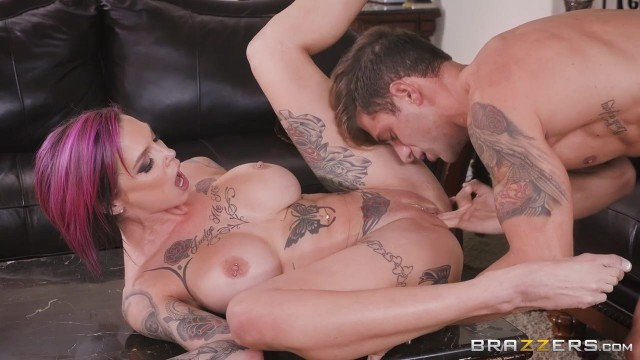 Anna Bell Peaks gets her pussy licked while playing playstation Video thumb #14