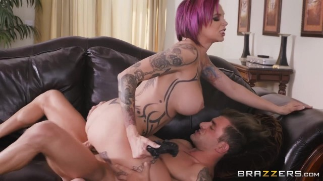 Anna Bell Peaks gets her pussy licked while playing playstation Video thumb #4