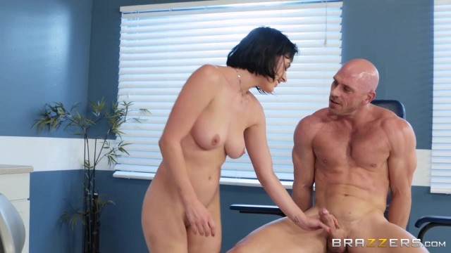 BRAZZERS Johnny Sins Bangs Sexy Brunette Olive Glass Video thumb #7
