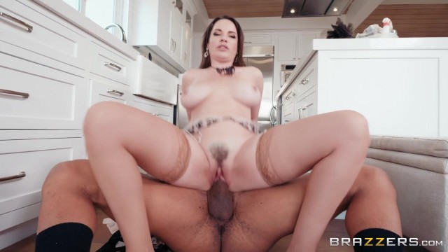 Housewise and MILF Dana DeArmond wants a huge cock to suck Video thumb #18