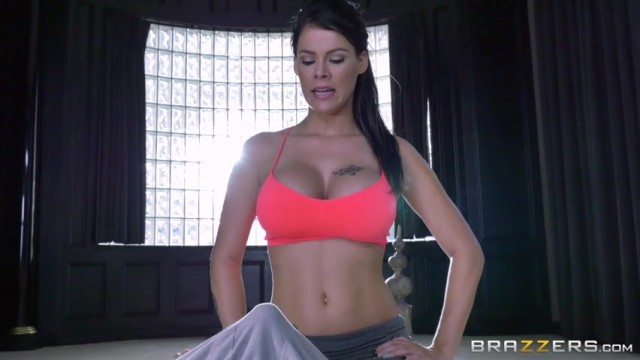 Peta Jensen shocked by huge bulge of her yoga instructor