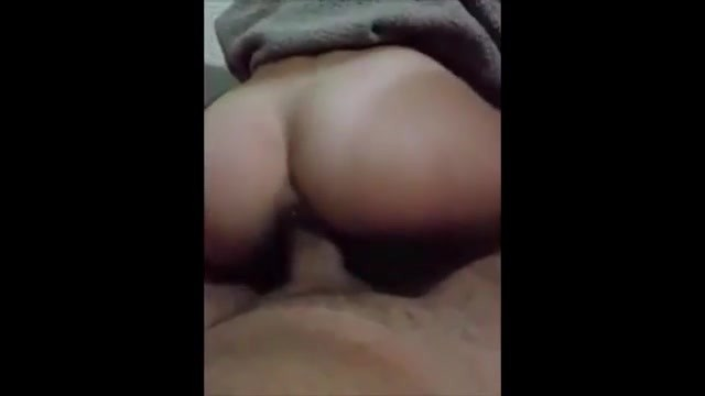 Amateur slut is riding cock like there is no tomorrow Video thumb #2
