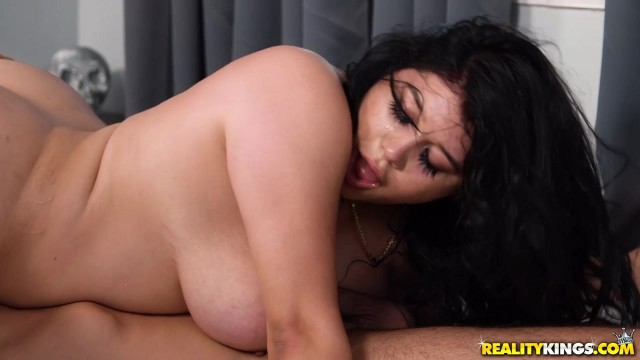RealityKings Monster Curves Scene with AliceafterDark and Charles Dera Video thumb #3