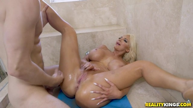 Busty Blonde Nicolette Shea gets her cunt smashed and squirts Video thumb #15