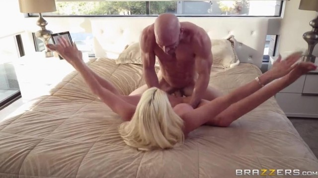 Blondy Nicolette Shea rides a big cock