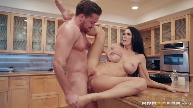 Sending Stepmom's Nudes with Kyle Mason and Reagan Foxx Video thumb #12