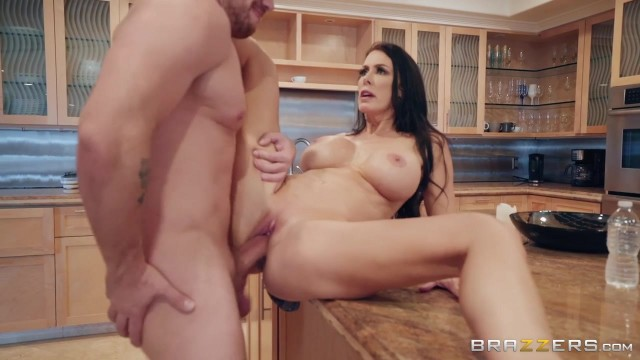 Sending Stepmom's Nudes with Kyle Mason and Reagan Foxx Video thumb #7