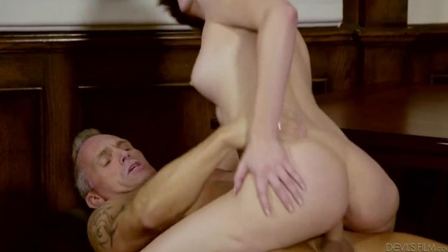 Aged Marcus London fucks Cadey Mercury young pussy Video thumb #18