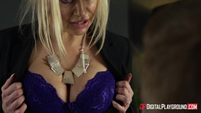 MILF Amber Jayne dicked by Danny D Video thumb #1