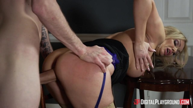 MILF Amber Jayne dicked by Danny D Video thumb #7