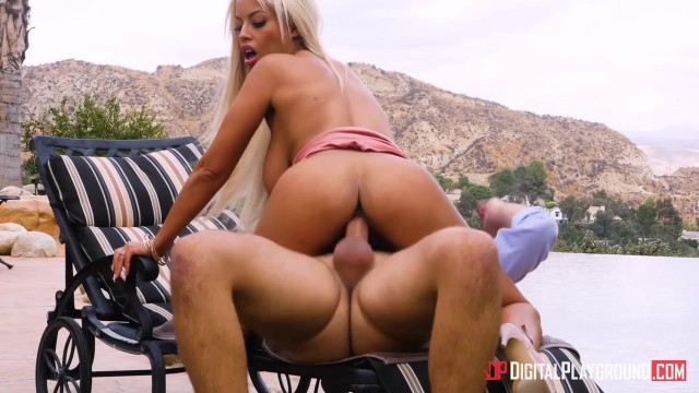 Bridgette B jumps on Keiran Lee big dick oudoor for naughty america