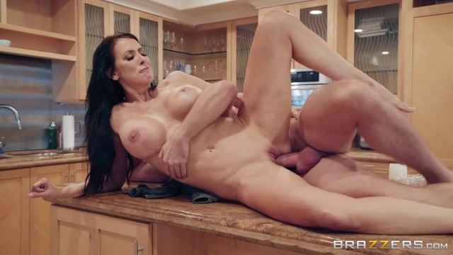 Mature Reagan Fox seducing with her Big Boobs Video thumb #17
