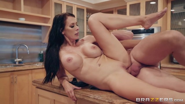 Mature Reagan Fox seducing with her Big Boobs Video thumb #18