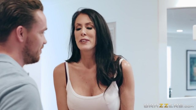 Mature Reagan Fox seducing with her Big Boobs Video thumb #2