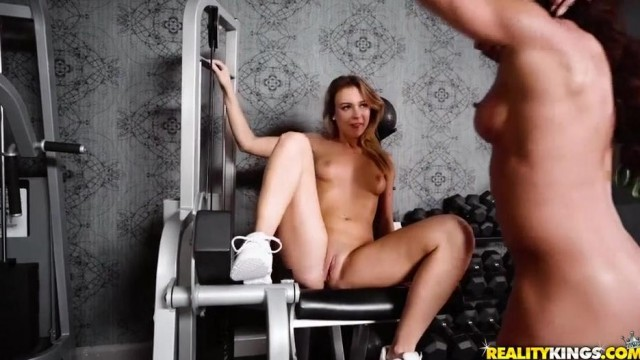 Lesbian Bodybuilder Nina Dolci plays with Zoey Taylor's clit Video thumb #6