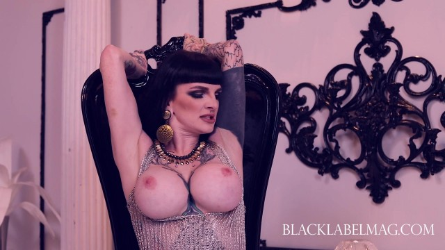 BlackLabelMag - Keighla Night and Una Solitaire nude